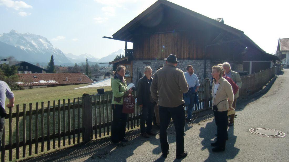 Dorferneuerung Wallgau: Dorfbegehung AK1 und AK2 am 23.03.2012