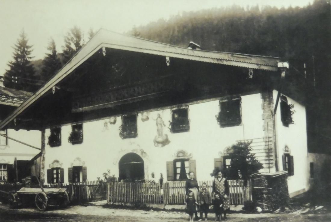 Dorferneuerung Wallgau: Dorfbegehung AK1 und AK2 am 23.03.2012 Historische Bilder von Heinz Möhrlein
