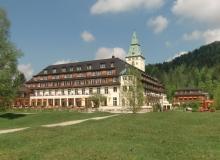 Schloss Elmau 4 Wochen vor dem Gipfel.