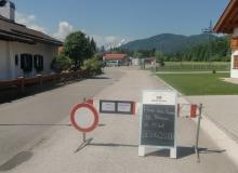 4 Tage vor dem Gipfel. Das Haus des Gastes in Wallgau ist eine der Verpflegungsstation der Polizei