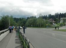 Der Gipfel hat begonnen. Sicherung an der Einfahrt nach Klais / Elmau