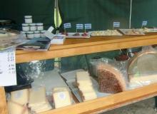 Bauernmarkt in Wallgau am 06.09.2015 Käse und Wurst
