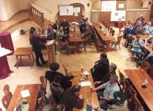 Dorferneuerung Wallgau: Diskussion zum Thema Kirchenböbl