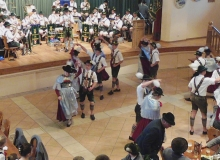 Trachtenjahrtag d'Simetsbergler Wallgau am 07.05.2017; Der Plattlernachwuchs zeigt sein Können