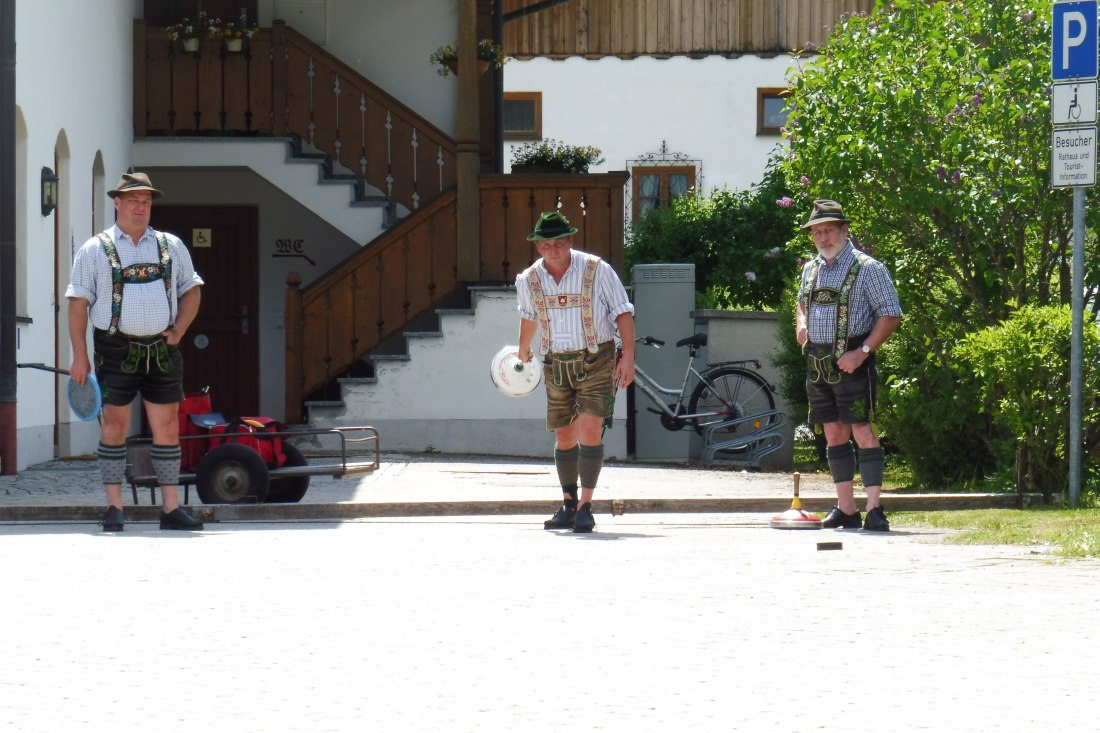 ESV-Wallgau Straßenturnier am 03.06.2017 Bahn am Rathaus