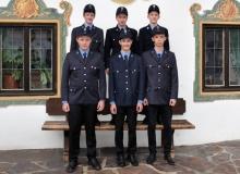 Neu Mitglieder der Wallgauer Feuerwehr: Hinten von links: Jonas Bretschneider, Jakob Mücke, Simon Holler, vorne von links: Vincent Bühring, Gregor Behling, Maximilian Zahler