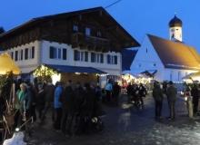 2017-12-03-Adventsmarkt-Dorfplatz (2)