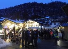 2017-12-03-Adventsmarkt-Dorfplatz (4)