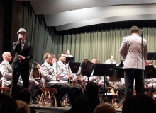 18.04.2018 Benefizkonzert des Gebirgsmusikkorps in Wallgau. Solist Gabriel Florea mit Titeln von Roger Cicero