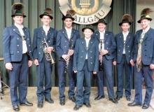 Osterkonzert der Musikkapelle Wallgau am 21.04.2019 Vorstand Ludwig Holler und die neuen Musikanten