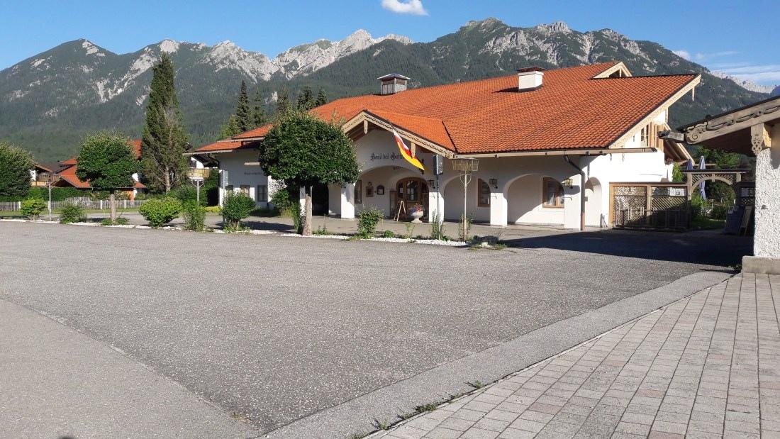 3.-Haus-des-Gastes-Wallgau-002