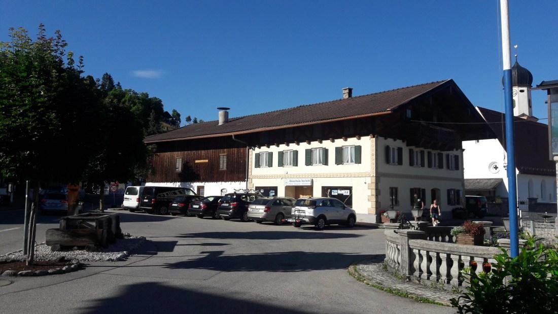 Dorfplatz-Wallgau-001