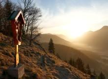 Sonnenaufgang auf dem Krepelschroffen über Wallgau. Sunrise on the Krepelschroffen-Mountain above Wallgau
